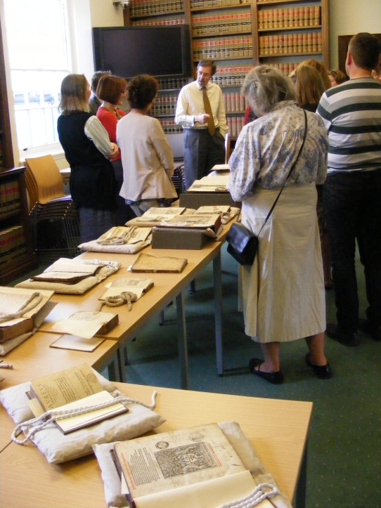 Delegates at the Historic Libraries Forum Workshop on Provenance in Special Collections