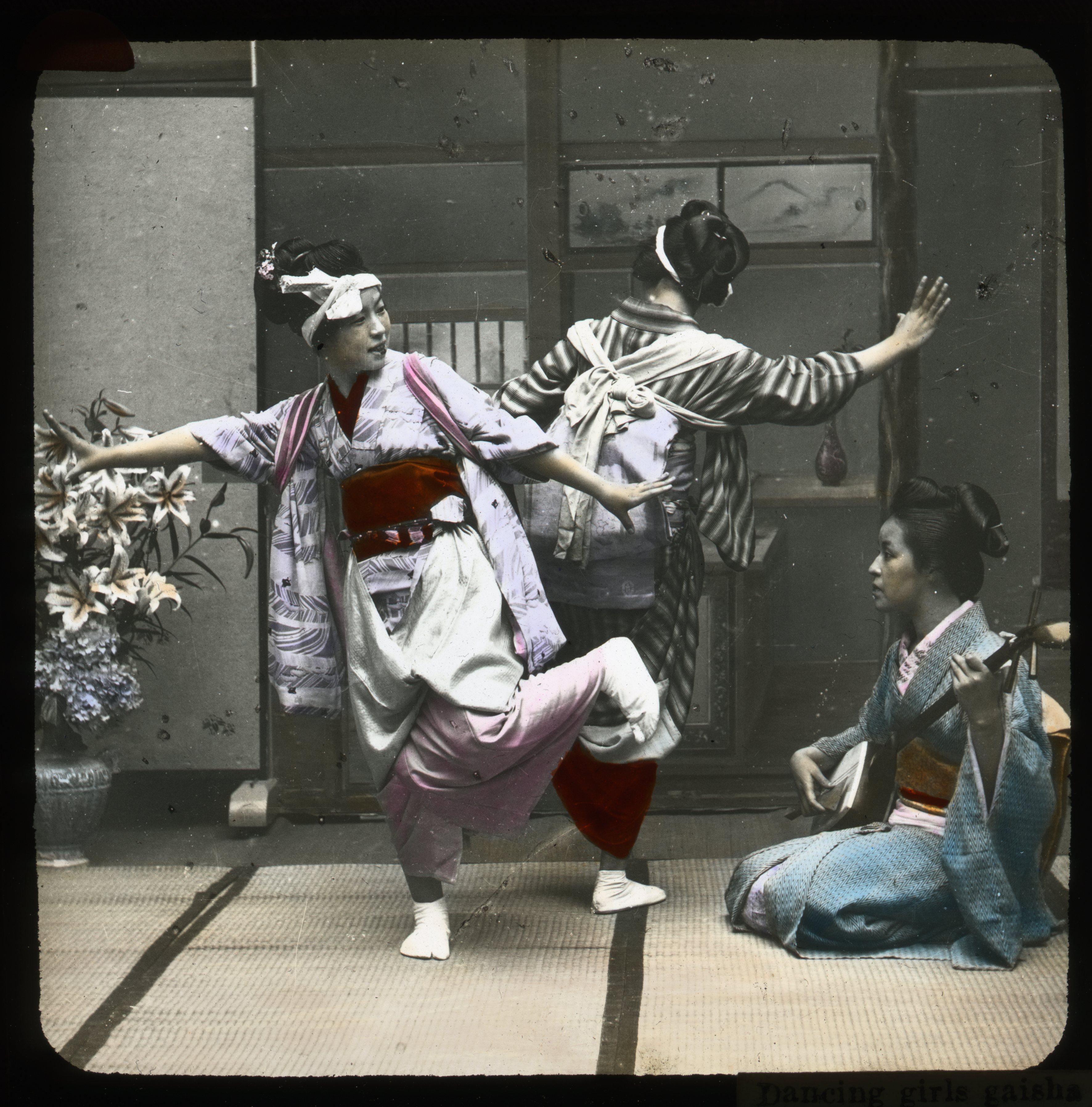 Photograph of dancing Geisha girls